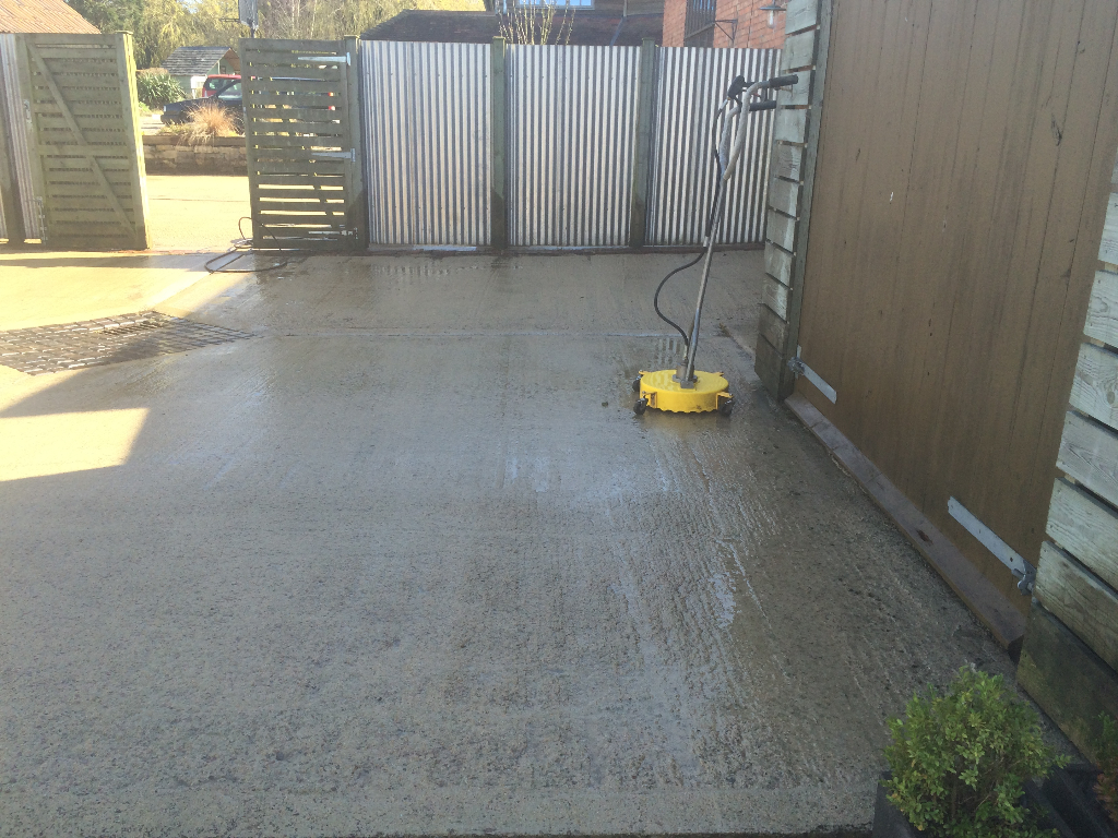 Driveway Patio And Decking Cleaning Pave Your Way