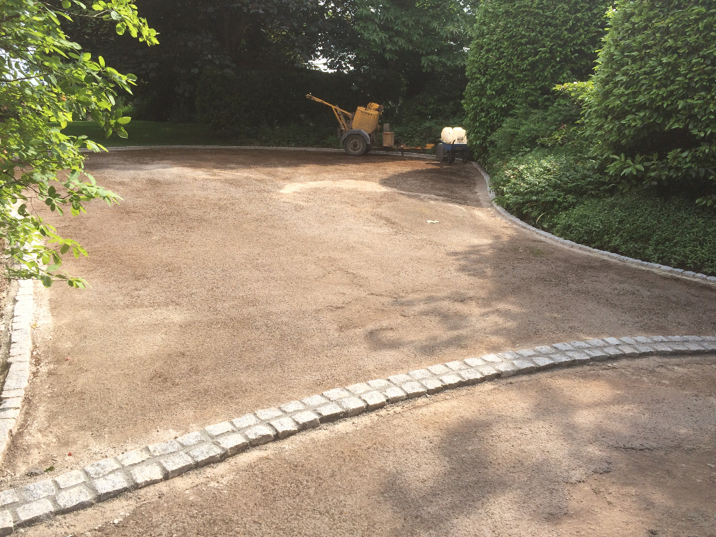 Tarmac Drive With Granite Setts As Edging In Herefordshire